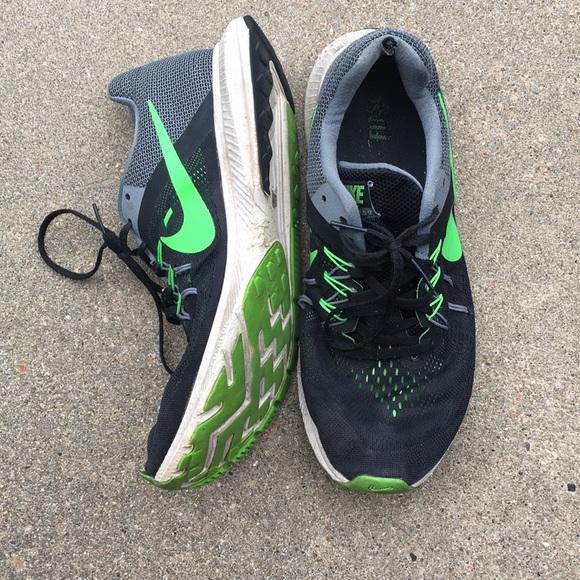 ec818340ebf2 Men s Size 10 Lime and Black Nike Waffle Shoe. M 5b784690e9ec89b6dce9249c